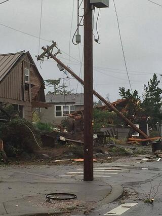 Damage to homes in Oregon