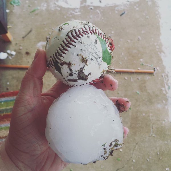 Large Hail in Wylie, TX (credit: Shelly Adams)